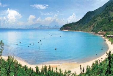 Nên đi chơi ở đâu khi du lịch Bán Đảo Sơn Trà?