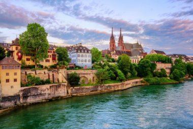 Những địa điểm bạn không nên bỏ qua khi đi du lịch Pháp Ý Thụy Sĩ