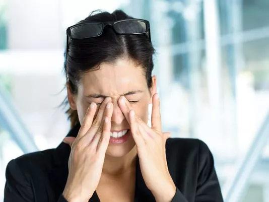 Tất tần tật về triệu chứng mỏi mắt của giới trẻ hiện nay