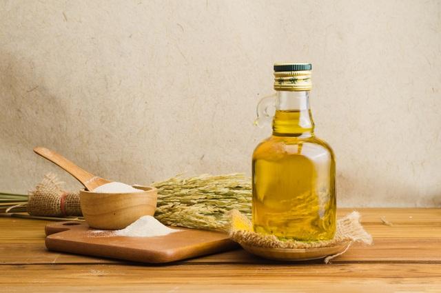 [GIẢI ĐÁP] 1 lít dầu ăn nặng bao nhiêu kg?